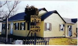 House 4 Sale Bring Money photo